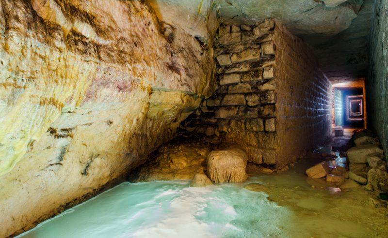 La méduse est une concrétion assez connue des sous-sols parisiens.