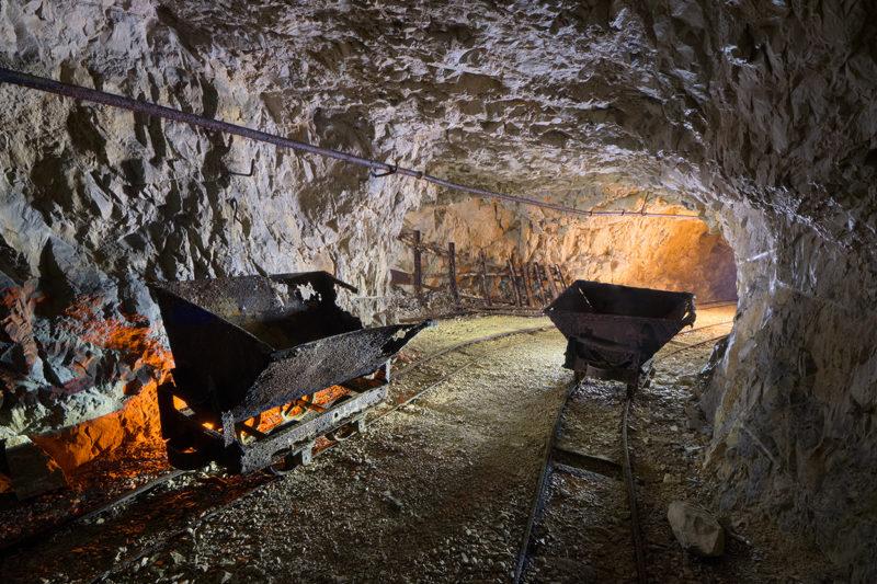 La course des wagonnets dans l'ancienne carrière de calcaire.